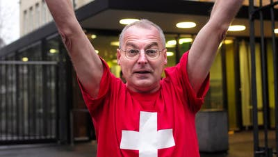 Der Politclown hat wieder gut lachen: Eric Weber gewinnt vor Gericht gegen seinen ehemaligen Parteikollegen