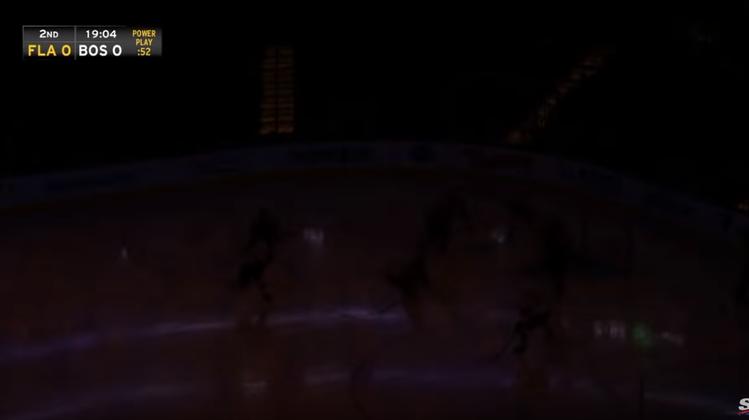 Lichterlöschen in der NHL: Stromausfall sorgt mitten im Spiel für Verwirrung