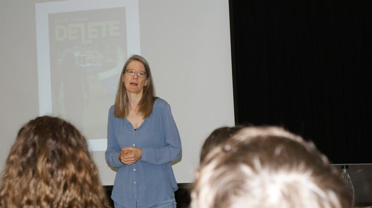 Schriftstellerin Petra Ivanov bei den Kulmer Bezlern zu Gast