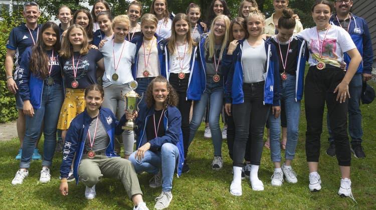 Landhockey: Totaler HCO-Triumph - Meister- und Vizemeistertitel für die U15-Mädchen!