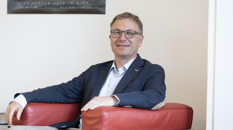 Ohne Glanzresultat wiedergewählt — Kirchenratspräsident Michel Müller hat es geschafft