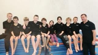 Nachwuchsspringer vom Schwimmclub Aarefisch erfolgreich am Kids-Cup in Fribourg