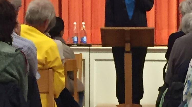 Der Theologe Eugen Drewermann im Josefsaal der Martinskirche zu Gast