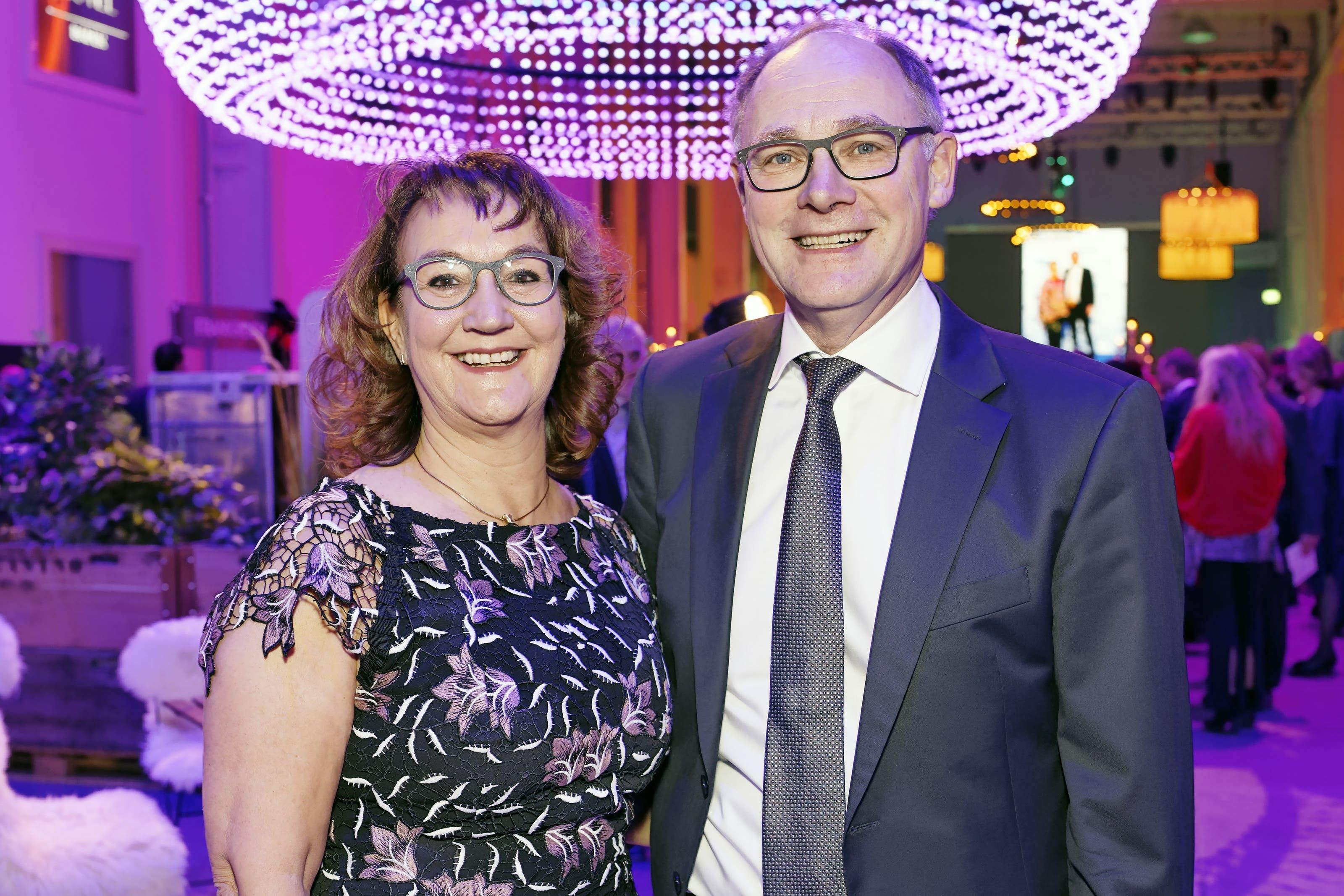 Hansjörg Knecht, Nationalrat SVP und Ständeratskandidat SVP, mit Ehefrau Rita Knecht .