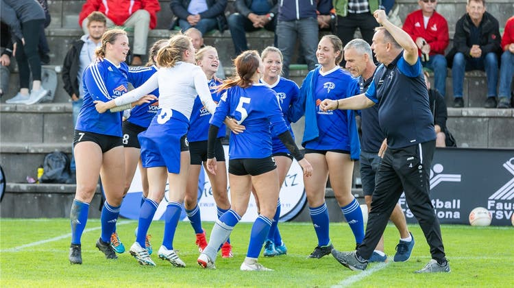 «Für uns ist dieser zweite Platz mega»: Faustball Neuendorf überzeugt am Final4-Turnier in Jona