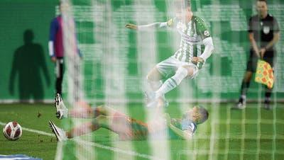 Der FC St.Gallen dominiert das Geisterspiel – stolpert aber über Basels Ruhe und Klasse