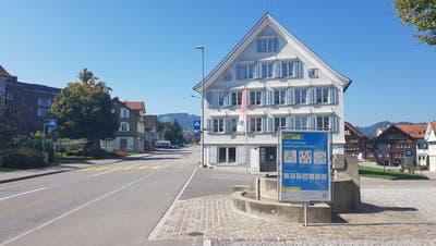 Auf Anweisung des kantonalen Departements für Bau und Volkswirtschaft musste der Gemeinderat bis Ende 2018 mindestens 2 ha Bauland mit einer Planungszone belegen. (pd)