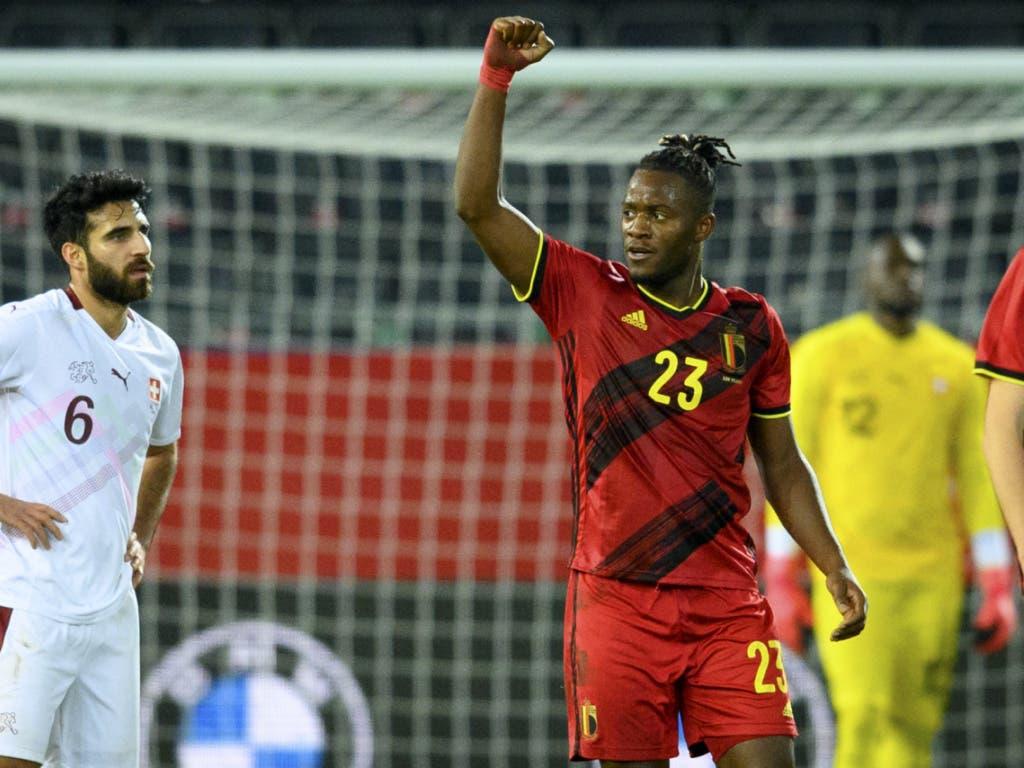Doch in der zweiten Halbzeit sorgte dieser Mann für die Wende: Michy Batshuayi schoss Belgien noch zum 2:1-Sieg