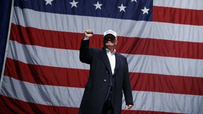 Noch hat Donald Trump alle Macht eines US-Präsidenten. Seine Vorgänger nutzten sie in ihren letzten Tagen für Massen-Begnadigungen. (Keystone)