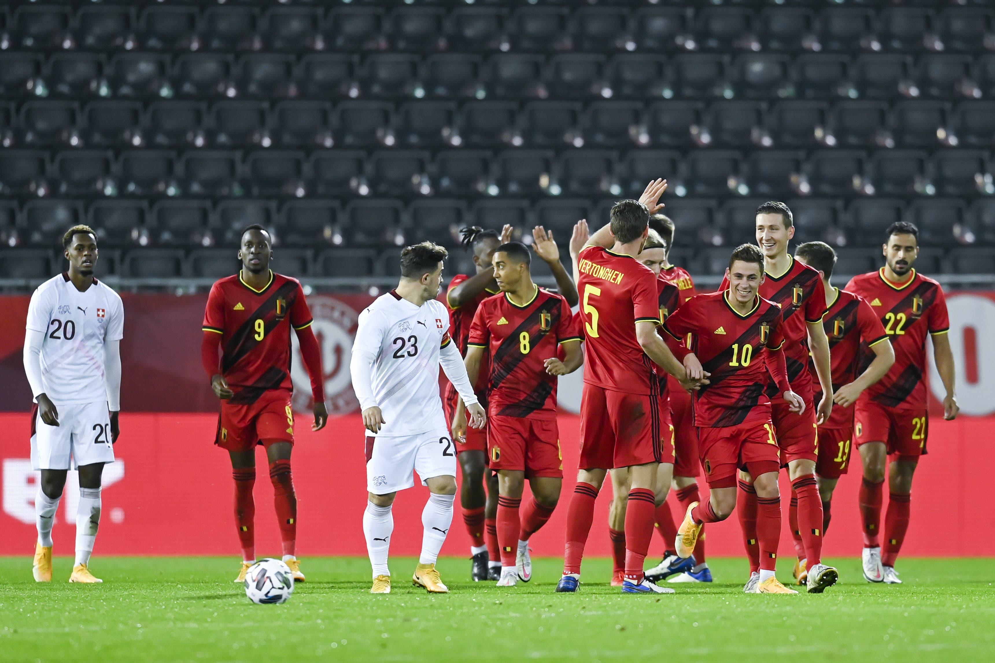 Die Belgier freuen sich über den Ausgleichstreffer in der zweiten Halbzeit.
