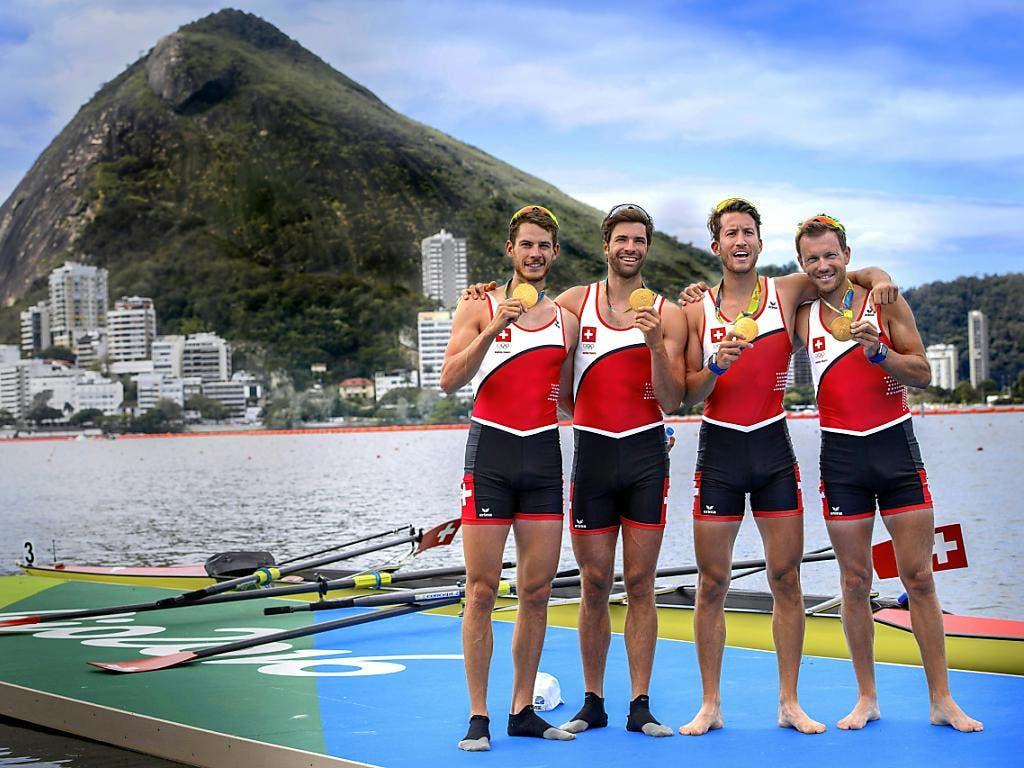 Nominierte Teams: Der Schweizer Leichtgewichts-Vierer mit Lucas Tramèr, Mario Gyr, Simon Schürch und Simon Niepmann hielt an den Olympischen Spielen 2016 in Rio de Janeiro dem Druck des Favoritendaseins stand und gewann souverän die Goldmedaille