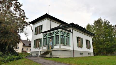 Das «Böcklihaus» ist der Sitz der Eschliker Schulverwaltung und -behörde. (Bild: Roman Scherrer)