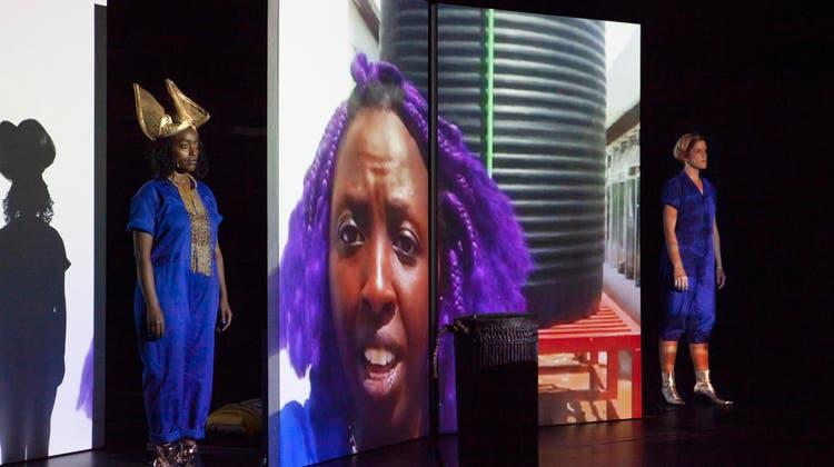 Entwicklungshilfe für die Schweiz: Ein Theater zeigt, wo es bei uns mehr Taten statt Worte braucht