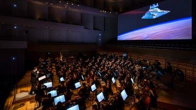 Das 21st Century Orchestra bei einem Konzert im KKL Luzern. (Bild: Philipp Schmidli (6. April 2018))