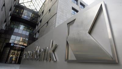 Kunden stürmen Aargauische Kantonalbank: Filialen nun auch am Samstag offen