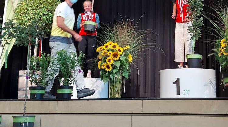 2 Staffel- und 13 Einzelmedaillen für die Aargauer OL-Läufer