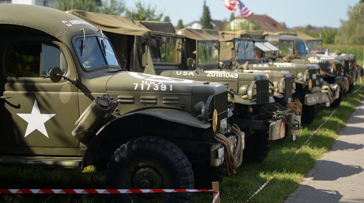 Ein Convoy der Romantiker erinnert an das Ende des 2. Weltkriegs vor 75 Jahren