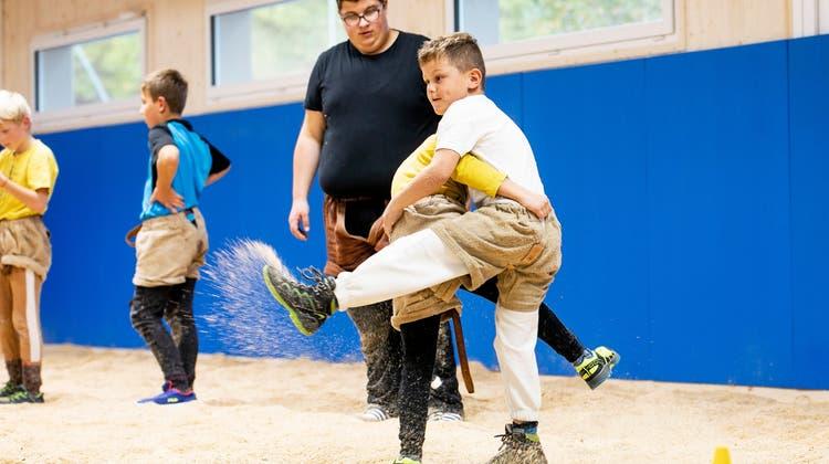 Schwingklub Zurzach trainiert jetzt in einer neuen Halle