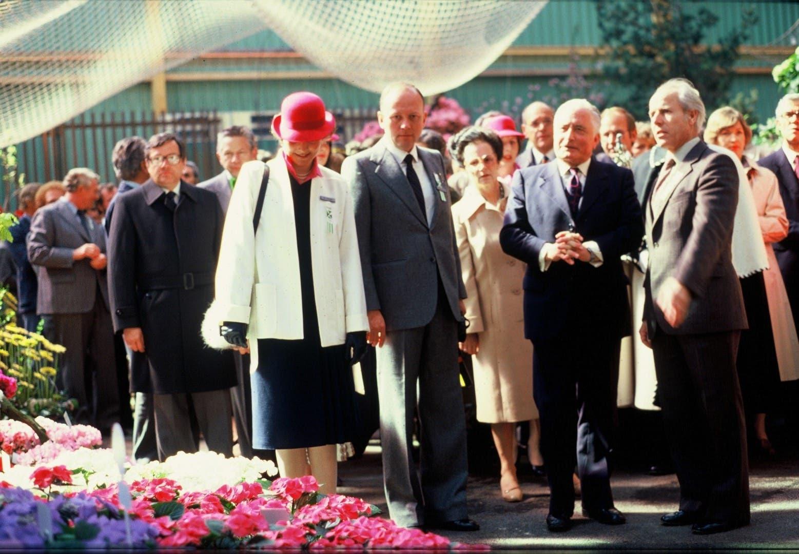 12. April 1980: Die offizielle Eröffnung mit Bundespräsident Georges-André Chevallaz (mit gefalteten Händen) und weiterer Prominenz.
