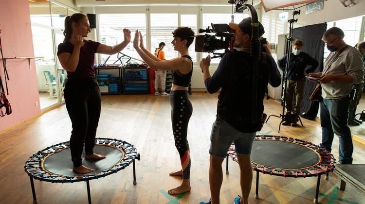 Das gab Muskelkater: Fitnesscenter war fünf Tage lang Drehort für neue SRF-Serie