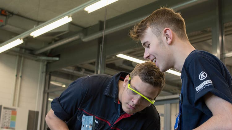 Autogewerbe: Erfreuliche Entwicklung - Steigende Zahlen bei den Lernenden