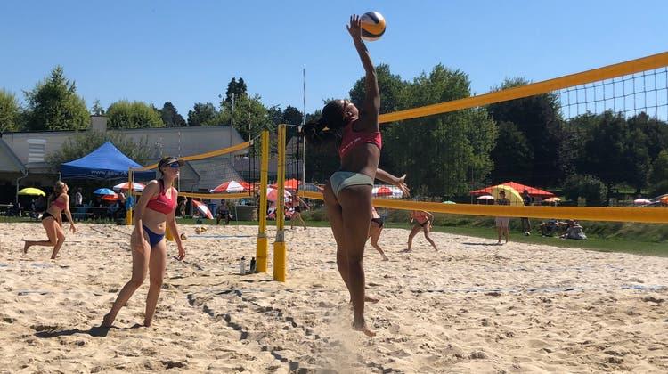 Beachvolley-Saison bei prächtigem Wetter beendet