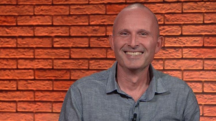 «Man muss oft die Zähne zusammenbeissen»: Dieser Mann lief zu Fuss mit dem Einkaufswägeli nach Moskau