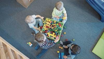 Umfrage zeigt: Aargauer Kinderbetreuung ist ein Flickenteppich