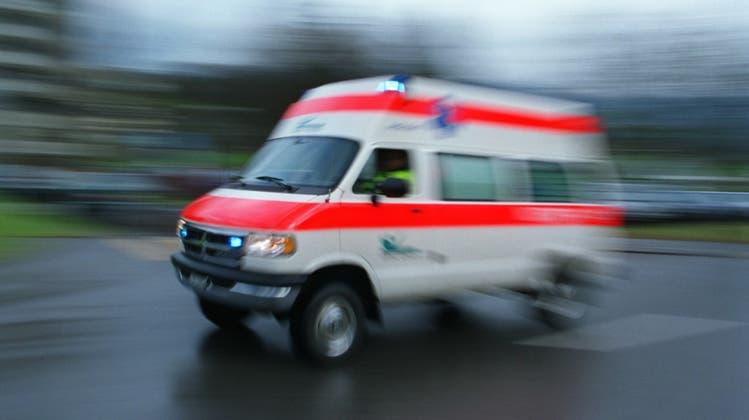 Zeugenaufruf: Velofahrerin bei Schiffbau nach Kollision mit Tram schwer verletzt
