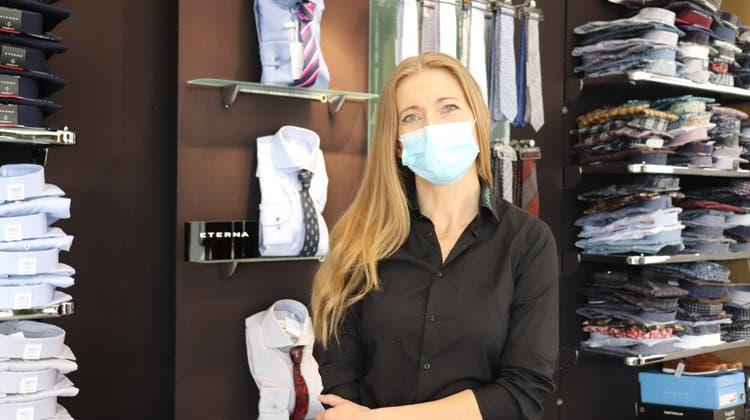 «Tragt Masken, so können wir arbeiten»: So wirkt sich die Maskenpflicht auf Brugger Firmen aus