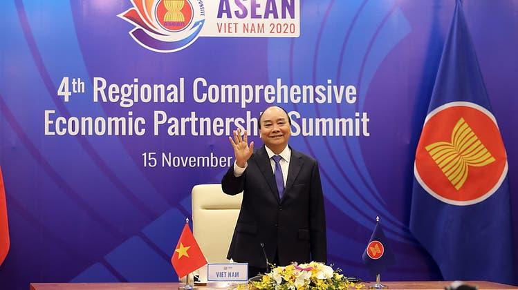 Asean-Staaten vereinbaren weltgrössten Freihandelspakt mit China