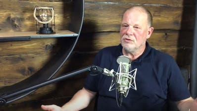 Rainer Schregel während eines Interviews auf dem Youtube-Kanal Strickertv. (Screenshot: strickertv)