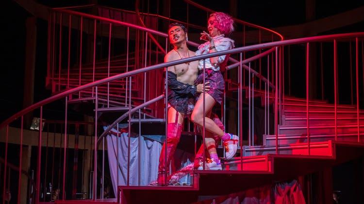 Musiktheater wie fast nirgends mehr auf der Welt: Rossinis «Barbier» läuft weiterhin im Luzerner Theater. (Bild: Ingo Höhn (20.09.2020))