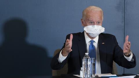 Tritt langsam aus dem Schatten: Joe Biden will heute Dienstag die wichtigsten Mitglieder seines Kabinetts vorstellen. (Keystone)