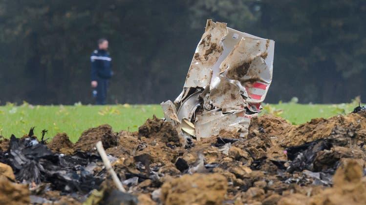 Am 14. Oktober 2015 stürzte ein Schweizer F/A-18-Kampfjet bei einem Training im französischen Jura ab. Der Pilot konnte sich retten. (Keystone)