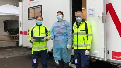 Auch in unserer Region werden täglich viele Personen auf das Coronavirus getestet. (Bild: Urs Lindt / freshfocus)