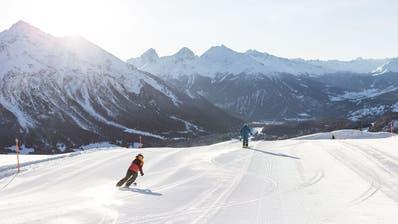 Bilder wie solche soll es nach dem Willen Italiens erst ab Januar wieder geben: Skigebiet Lavoz in der Saison 2017/18. (Keystone)