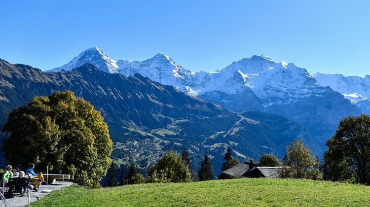 Die Schweizer Alpen wachsen immer noch in die Höhe. (Im Bild: Eiger, Mönch und Jungfrau.) (Keystone)