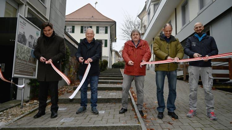 Verdiente Grenchnerinnen und Grenchner in Stein eingraviert