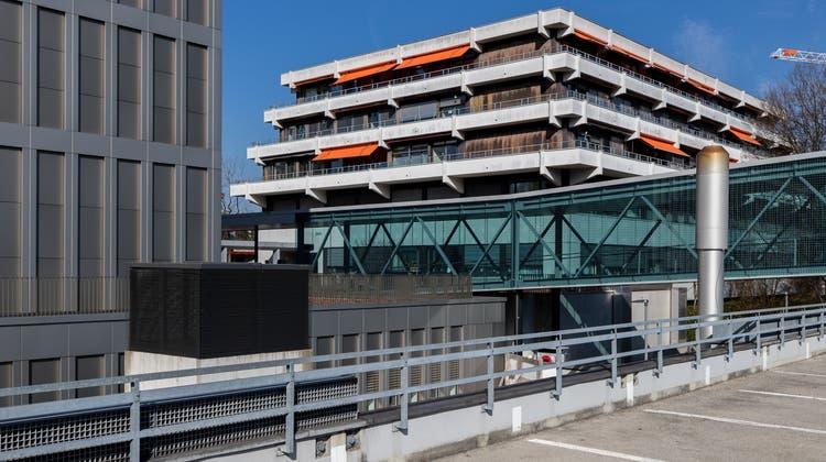 Das Kinderspital Luzern wurde 1971 erbaut – der Sanierungsbedarf ist gross. (Bild: Philipp Schmidli)