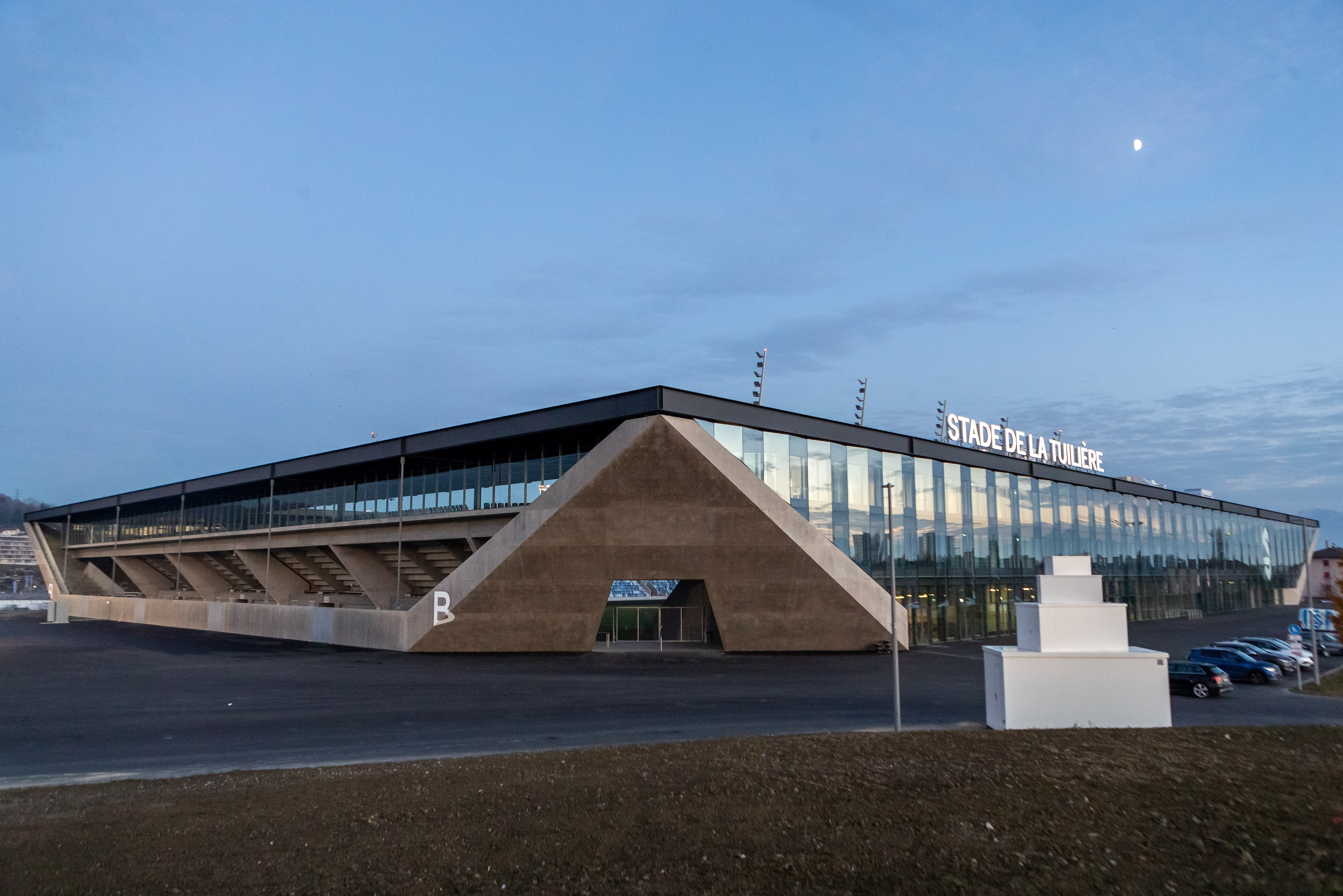 Die neue Arena befindet sich nur unweit der alten Lausanner Spielstätte, dem Stade de la Pontaise.