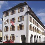 Stadthaus Arbon: Die Stimmbürger hiessen am Sonntag eine individuelle Lohnerhöhung für das Personal gut. (Bild: Pd)