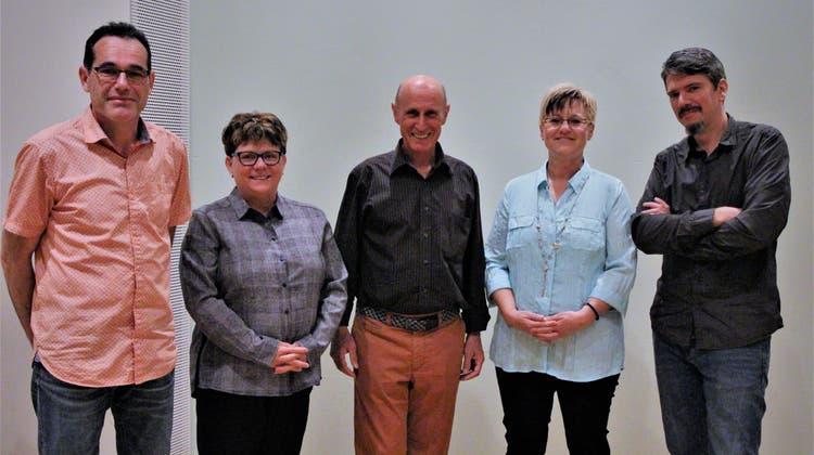 Der Verwaltungsrat der Aadorfer Kabelnetz-Genossenschaft mit Michele Sax, Careen Biefer, Hans-Peter Meier, Monika Luchsinger und Daniel Meyer. (Bild: PD)