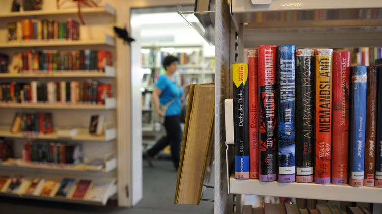 Die Bibliothek Buchs ist ein Treffpunkt für Menschen – neu auch am Sonntag. (Bild: Heini Schwendener)