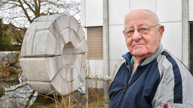 «Man muss steinverliebt sein» — so der Oltner Paul Nünlist über seine Arbeit als Bildhauer