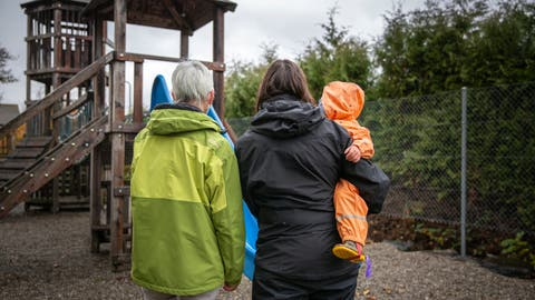 Jeanette Oehler (l.) mit Tochter Rebekka Weber und Enkelin Simona.* (Bild: Tobias Garcia)