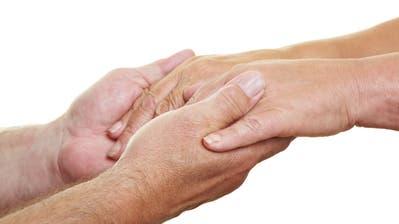 Helfende Hände werden gesucht. (Bild: Robert Kneschke)
