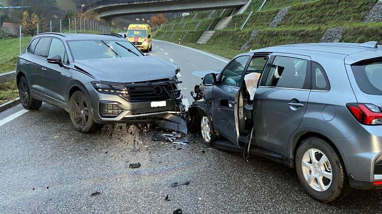 Frontalkollision auf der Staffeleggstrasse: Mitsubishi-Fahrer muss Führerausweis abgeben