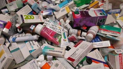Der Medikamentenmissbrauch im Kanton Zug nimmt zu. (Symbolbild)