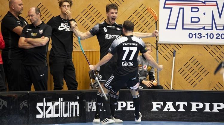 Zwei Schweizer mischen die beste Unihockey-Liga der Welt auf